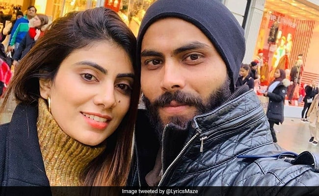 Ravindra Jadeja's Wife Caught Without Mask, Argues With Police
