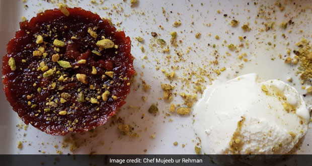 Weekend Binge Idea: Make Yummy Beetroot Halwa With Vanilla Ice Cream For Special Weekend Family Dessert