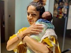 ''कुमकुम भाग्य'' की एक्ट्रेस शिखा सिंह ने बेटी की क्यूट तस्वीर की शेयर तो फैन्स ने दिया ऐसा रिएक्शन