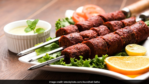 Man Orders Kebab From Restaurant, Police Officer Delivers It. Here's Why