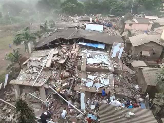 Video : 15 Injured, Around 70 Feared Trapped After Maharashtra Building Collapse