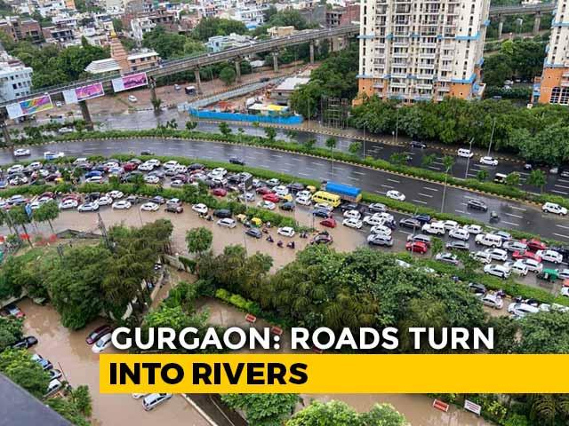 Video : Heavy Rain Batters Gurgaon, Smart City Waterlogged