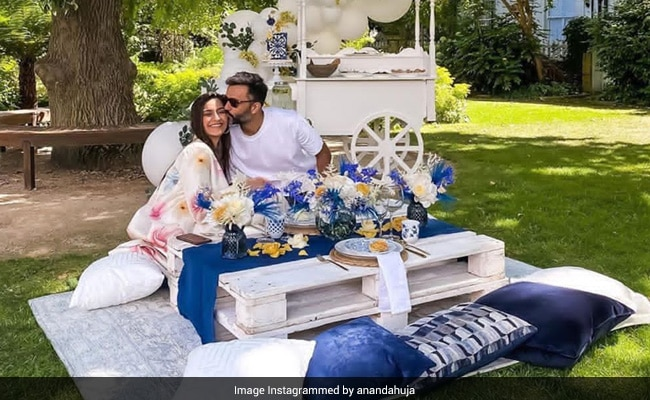 Anand Ahuja Is Still Dreaming Of His 'Phenomenal' Birthday Picnic Hosted By Sonam Kapoor. Here's Proof