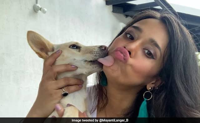 Stuart Binny wife mayanti langer dog adoption photo goes viral on social media