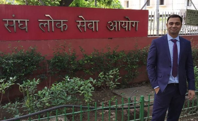 Exclusive: Civil Services 2019 Topper Pradeep Singh Shares His Preparation Strategy
