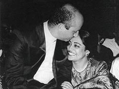 """""""I'll Be There For You,"""" Writes Anupam Kher In Anniversary Post For Kirron Kher"""