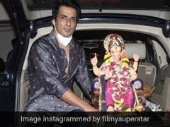 सोनू सूद ने परिवार के साथ किया गणपति विसर्जन, श्रद्धा में डूबे नजर आए एक्टर- देखें Photos और Videos