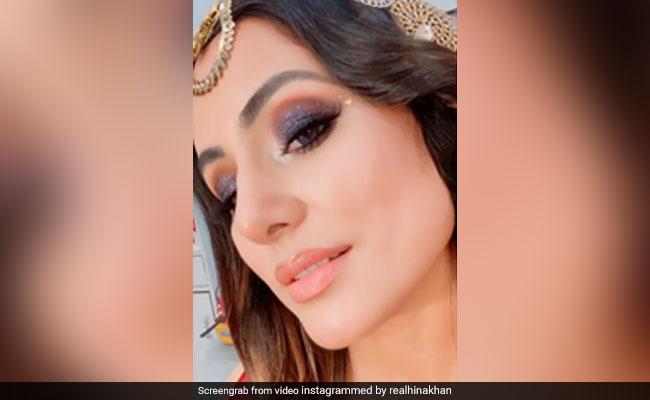 Hina Khan ने 'ये काली काली आंखें' सॉन्ग पर दिए गजब के एक्सप्रेशंस, फैन्स बोले- उफ्फ...देखें Video