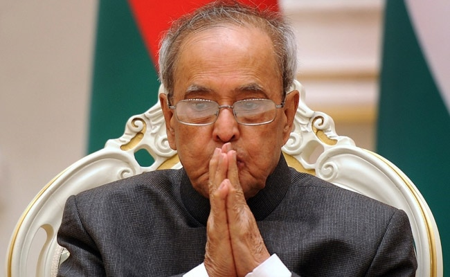 After Controversial Excerpt, Pranab Mukherjee's Children Argue Over Book