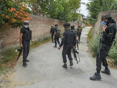 2 Cops Killed As Terrorists Fire At Police Team On Outskirts Of Srinagar