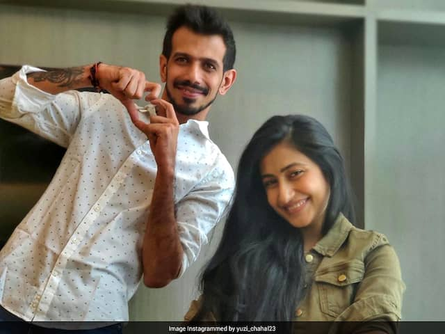 """""""We Keep This Love In A Photograph"""": Yuzvendra Chahal Shares Adorable Pic With Fiancee"""
