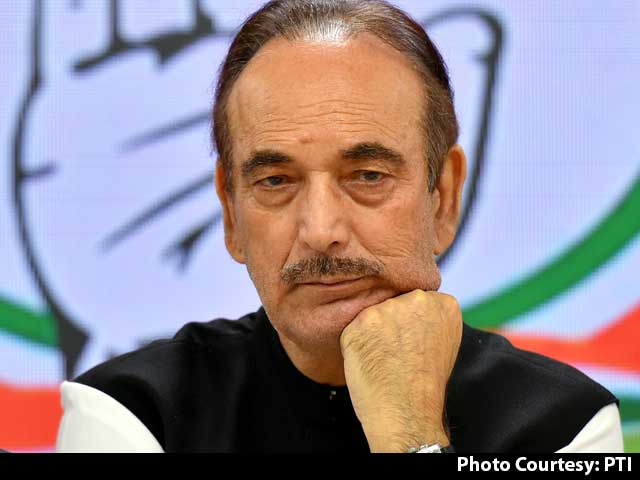 "Video : ""Checked On Sonia Gandhi Health Before Sending Letter"": Ghulam Nabi Azad"