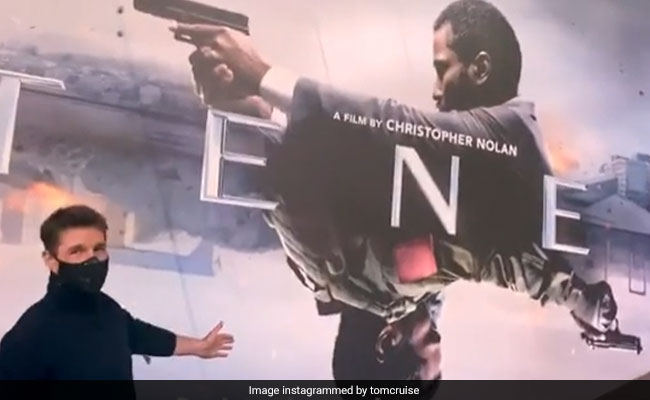 Tom Cruise Goes To The Cinema In Death-Defying Stunt And Twitter's Obsessed