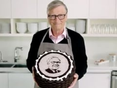 Bill Gates Bakes Special Cake To Wish Warren Buffet On His 90th Birthday (Video Inside)