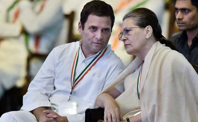 CWC Meeting News: Rahul Gandhi Leads Charge Against Dissenters At Congress  Meet