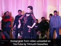 Sapna Choudhary ने स्टेज पर जोरदार डांस से यूं बांधा समां, एक करोड़ से ज्यादा बार देखा गया Video