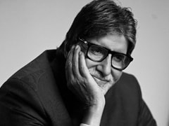 Amitabh Bachchan Shoots Kaun Banega Crorepati 12 In 'A Sea Of Blue PPE.' Pic Inside