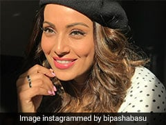 Bipasha Basu's Morning Look Is A Lesson On How To Get Glowing Skin