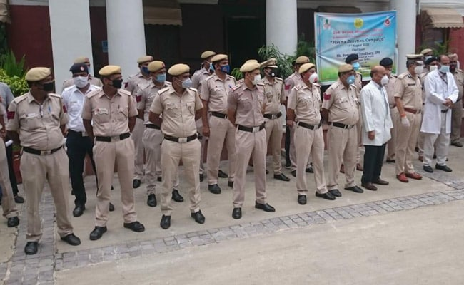 कोरोना वायरस को मात देने वाले दिल्ली पुलिस के 170 जवानों ने किया प्लाज्मा डोनेट