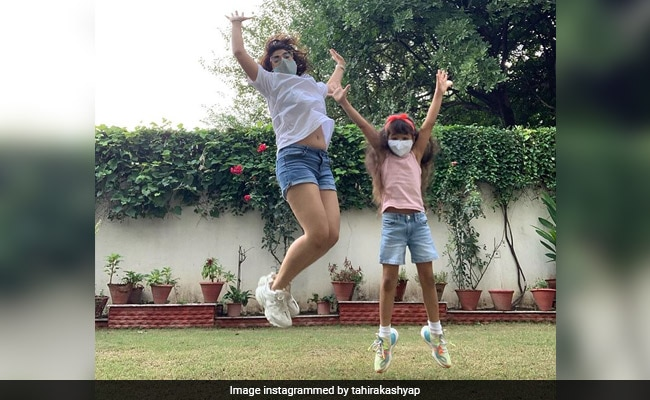 """Just A Few Pics From Tahira Kashyap And Daughter Varushka's """"No Filter"""" Sunday"""
