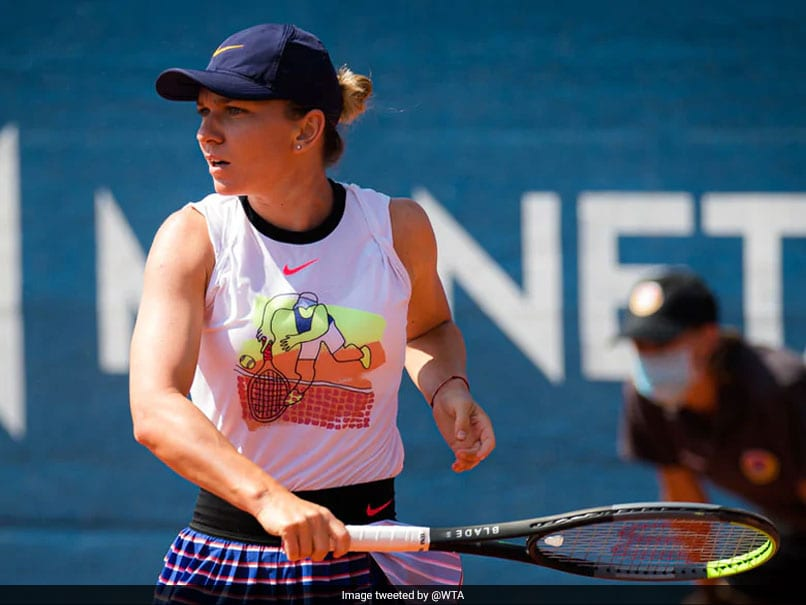 Simona Halep ends Irina-Camelia Begu's marathon week to reach Prague final