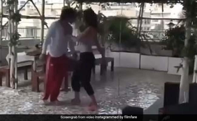 दिशा पटानी और टाइगर श्राफ ने 'बेफिक्रा सॉन्ग' पर किया जोरदार डांस, VIDEO ने मचाई धूम
