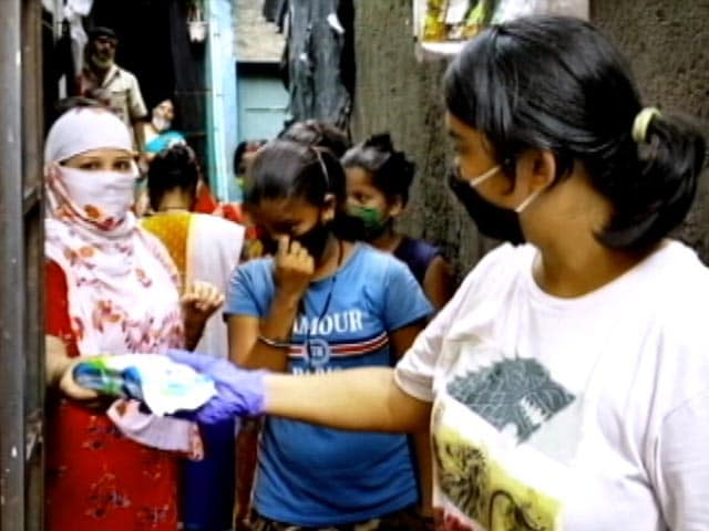 Video : Pass On The Pad: Mumbai NGO Provides Sanitary Napkins During COVID-19 Pandemic