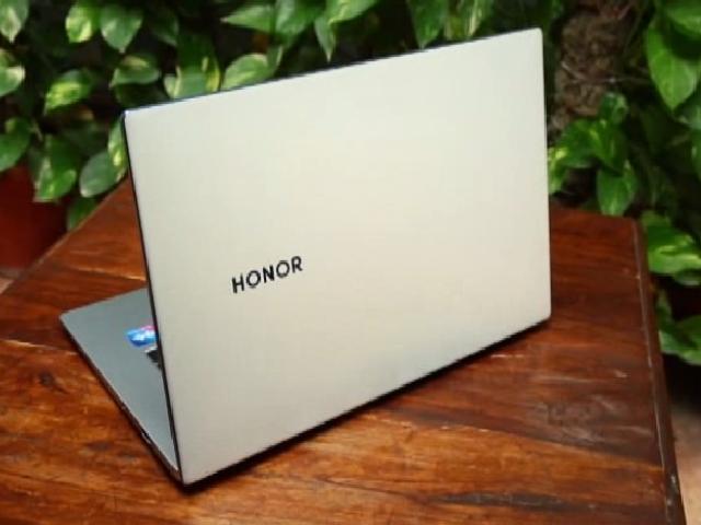 Honor MagicBook 15 Video