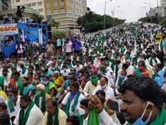 The Farmers Are Angry, Says Yogendra Yadav At Bengaluru Farm Bills Rally