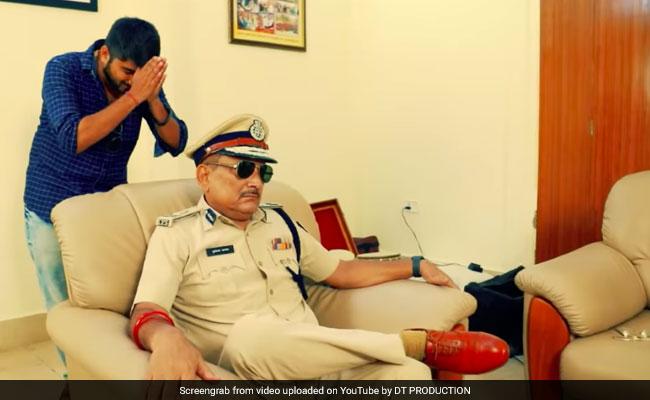 Ex Bihar Top Cop Is 'Robin Hood' Pandey In New Music Video As He Quits