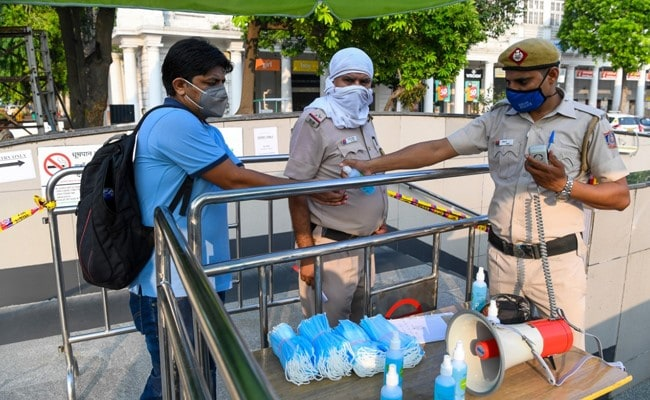 Delhi To Have Dedicated Police Team For Checking Covid Norm Violations