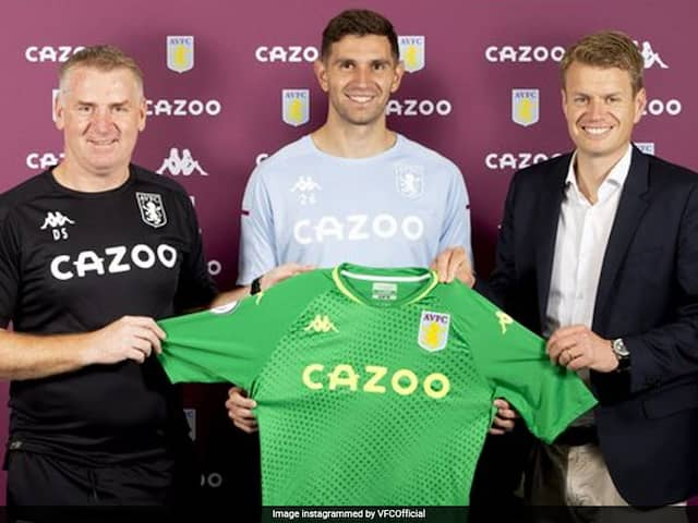 Emiliano Martinez Moves To Aston Villa After 10 Years At Arsenal