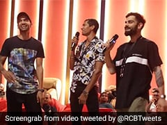 IPL 2020, RCB vs MI: Royal Challengers Bangalore Enjoy Pool Volleyball, Karaoke Night After Super Over Win. Watch