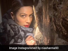PHOTOS: टीवी की 'नागिन' निया शर्मा ब्लैक ड्रेस में लग रही हैं बेहद ग्लैमरस, यूं दिखा ग्लैमरस अंदाज