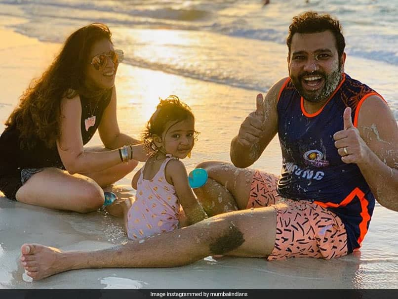 IPL 2020: Rohit Sharma, Other Mumbai Indians Stars And Families Enjoy Quality Time At The Beach. Watch