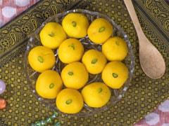 Rajbhog Recipe: इस नवरात्रि घर पर बनाएं ये स्पेशल राजभोग स्वीट, यहां जानें विधि