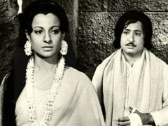 Rare Pics Of Tanuja From Her 1976 Film <I>Malavpati Munj</i>. All Thanks To Daughter Tanishaa