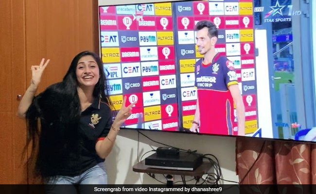 IPL 2020, SRH vs RCB: Thats how fiancée Dhanashree Verma celebrated Yuzvendra Chahal MOM award in unique style