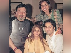 A Trip Down Memory Lane With Rishi, Neetu, Riddhima And Ranbir Kapoor. What A Pic