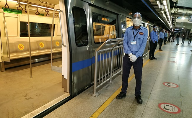 Metro Trains Resume Today With Strict Screening, Social Distancing