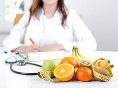 Diabetes Diet: ब्लड शुगर लेवल को कंट्रोल करने के लिए डायबिटीज के रोगी इन 4 चीजों का करें सेवन