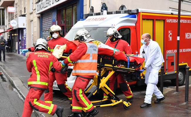 2 Wounded In Paris Knife Attack Outside Charlie Hebdo Ex-Offices