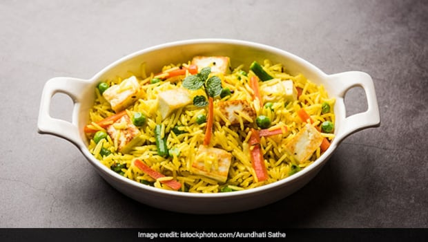 How To Make Allahabadi Tehri - A Flavourful, Wholesome Rice Recipe From Awadhi Cuisine