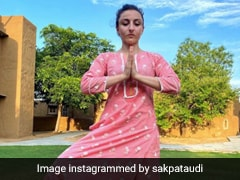 Soha Ali Khan Teaches Us How To Balance Yoga And Fashion In A Pink Suit