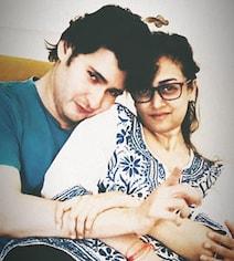 Trending: Mahesh Babu's Loved Up Pic With Wife Namrata Shirodkar