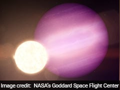 Astronomers Discover First Giant Exoplanet Orbiting Dead Star