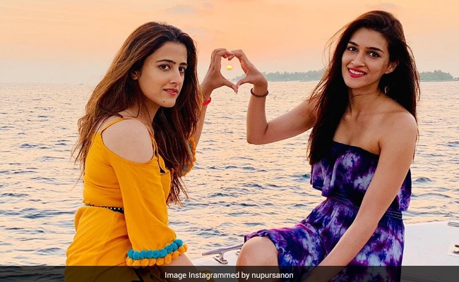 "Photo of Kriti And Nupur Sanon's ""Home For The Next Few Days"" Looks Like This"