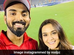 Preity Zinta's Special Message For KXIP Squad From Quarantine. Watch