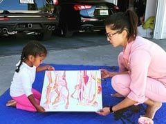 When Sunny Leone And Daughter Nisha Worked Together As A Team For A Painting