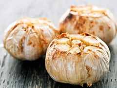 How To Roast Garlic - Health Benefits And Uses